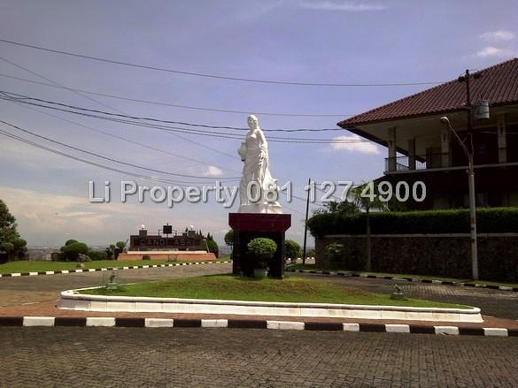 disewakan-rumah-villa-candi-asri-tanahputih-tengahkota-semarang-liproperty-hanna-li-rumah123-olx-urbanindo