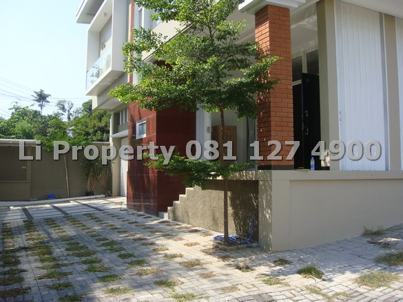 disewakan-rumah-sultanagung-semarang-selatan-liproperty-hanna-li-rumah123-tokobagus-olx-urbanindo