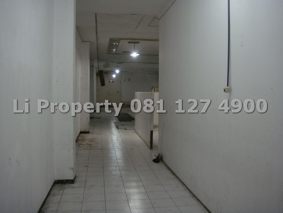 Pandanaran 112 koridor